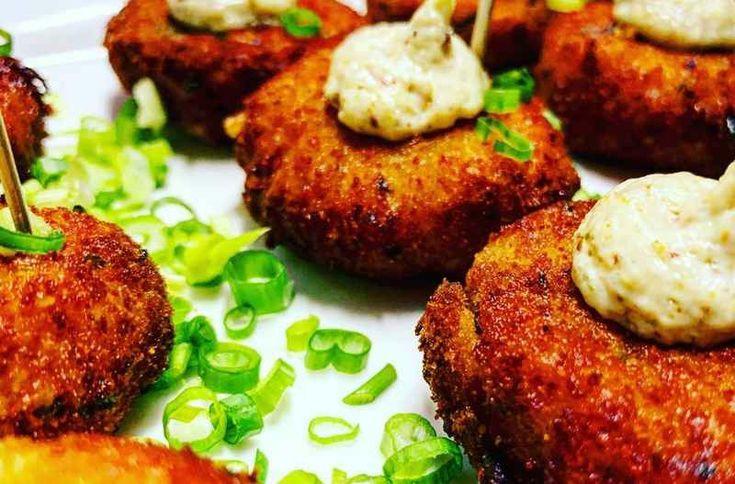 Keto Crab Cakes Recipe (Almond Flour)
