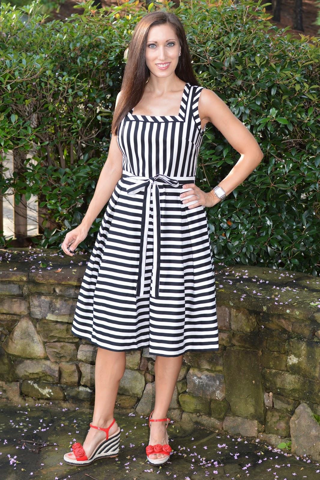 cb85e395d4a Everyday Fashionista - Atlanta Blogger: The Match Game