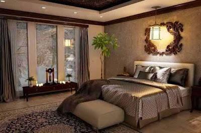 Master bedroom with luxury winter décor.