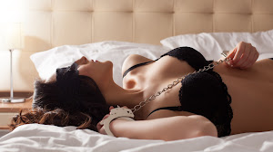 Juegos sexuales - Los mejores preliminares con tu scort de mucho lujo.