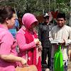 Bhayangkari cabang Lebak Beri Bantuan Korban Banjir