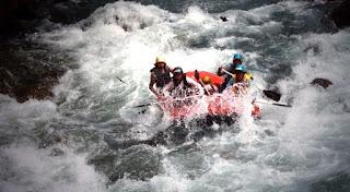 Wisata Rafting / Arung Jeram Sungai Serayu BanjarNegara Jawa Tengah