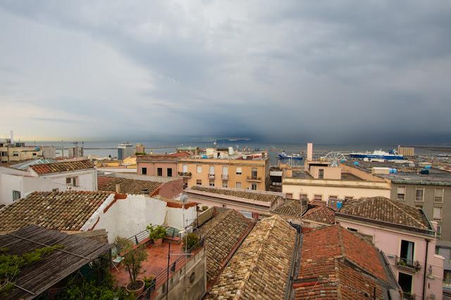 Vista dal Bastione di Saint Remy e terrazza Umberto I-Cagliari