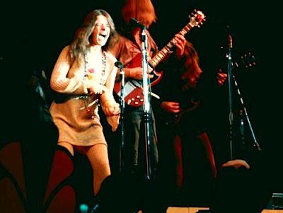Foto de Janis Joplin en el escenario
