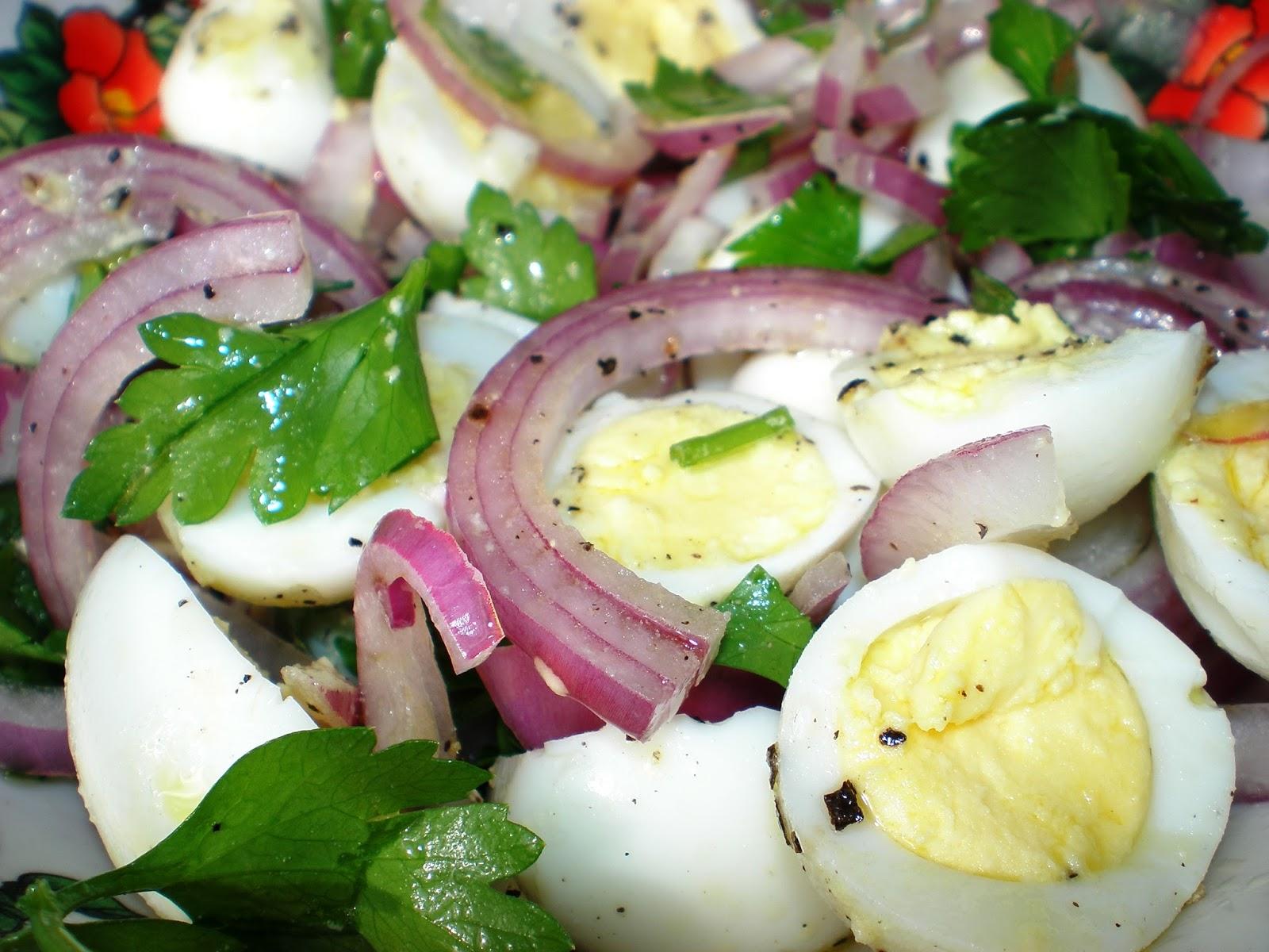 Salată de ouă de prepeliță