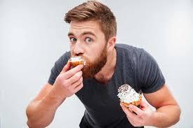 """تناول الطعام بعد 6 مساء خطر يهدد حياتك بأمراض """"قاتلة"""""""