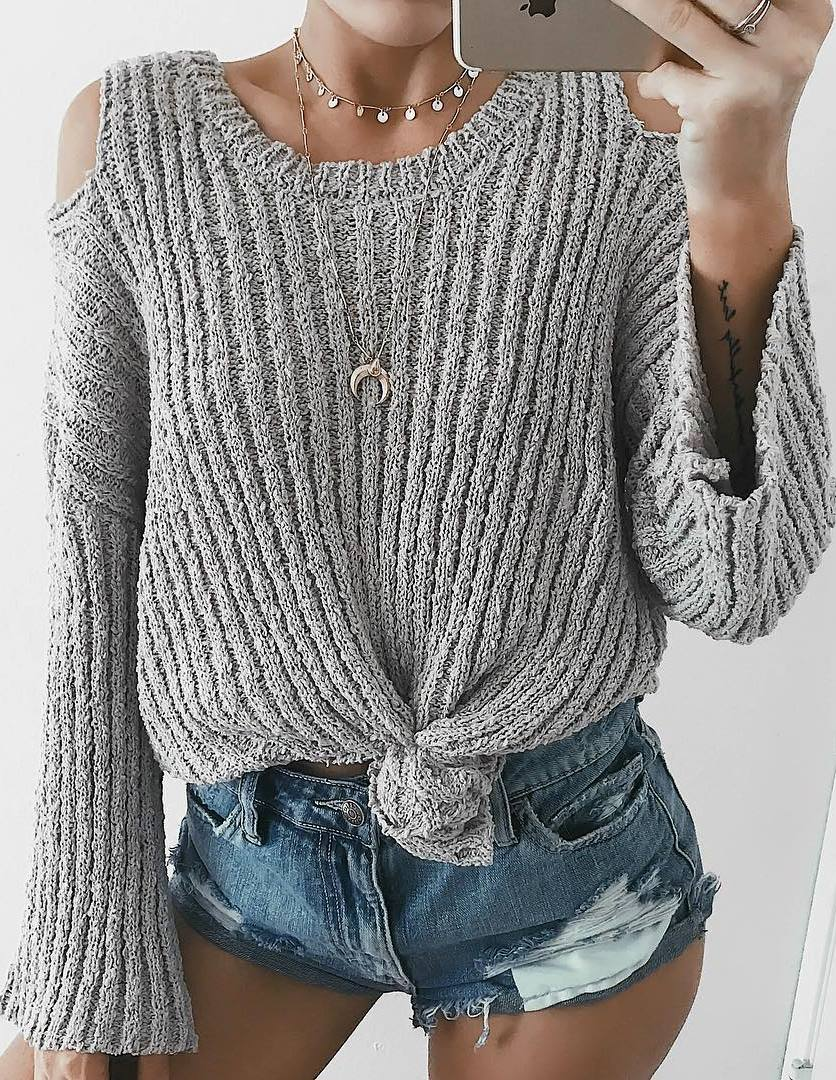 ootd | grey sweater + denim shorts