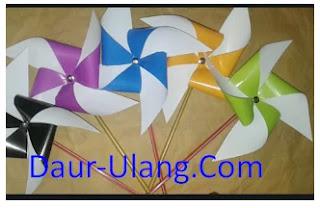 Membuat Kincir Angin Dari Kertas Origami Yang Bisa Berputar