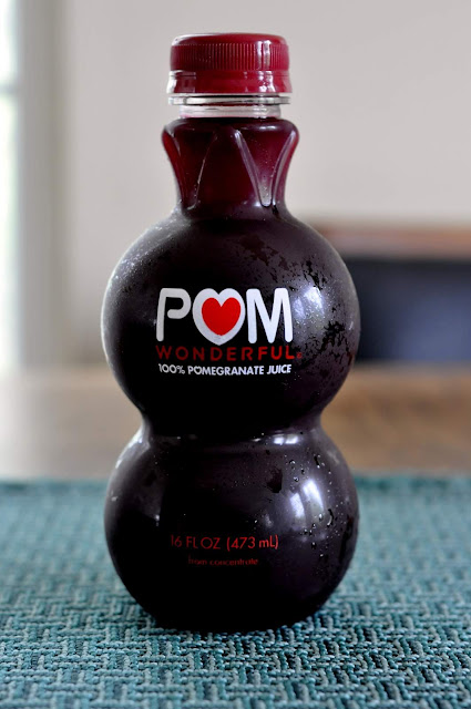 POM-Wonderful-100-Pomegranate-Juice-tasteasyougo.com