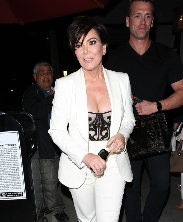A-Fashionable-Kris-Jenner-leaves-Craigs-restaurant-after-having-dinner-with-her-daughter-Kendall