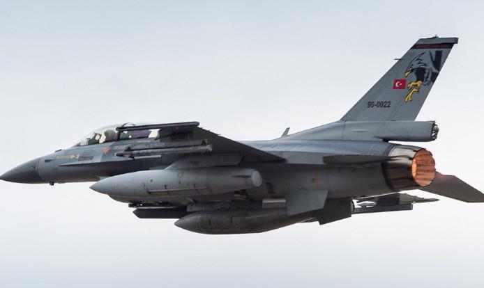 ΓΕΕΘΑ: «Κατά λάθος πέταξε το τουρκικό μαχητικό πάνω από τη Χίο»