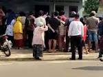 Warga Medan Johor Memadati Penemuan Mayat Guru SD Didalam Kamar Kost