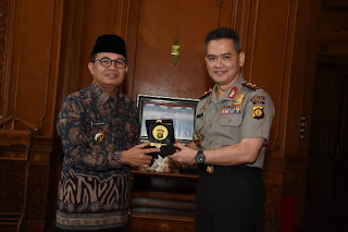 Gubernur Jambi  Ajak Kapolda Jambi Bersinergi Atasi Permasalahan Jambi