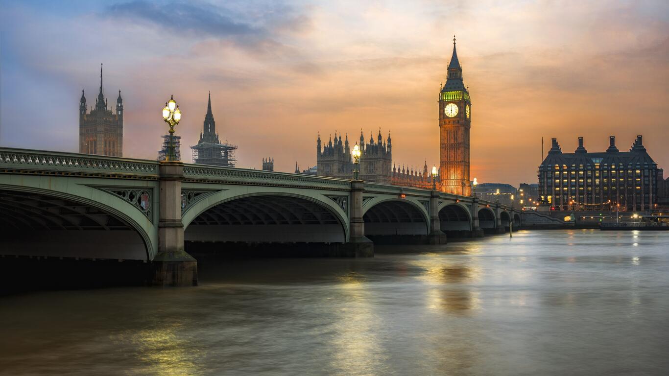 Великобритания: Второй этап снятия коронавирусных ограничений начнется в понедельник
