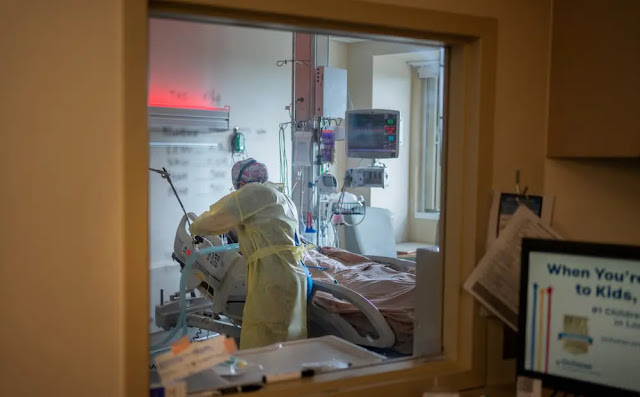 A Covid-19 patient is treated at Ochsner Medical Center in Louisiana in August 2021. Photo Reuters