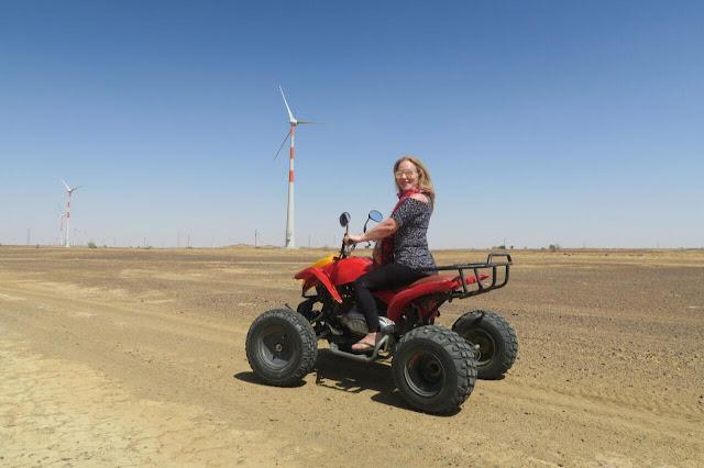 quadriciclo no deserto de Thar