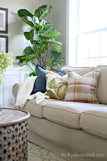 Best places to buy throw pillows {all under $20!} from Thrifty Decor Chick