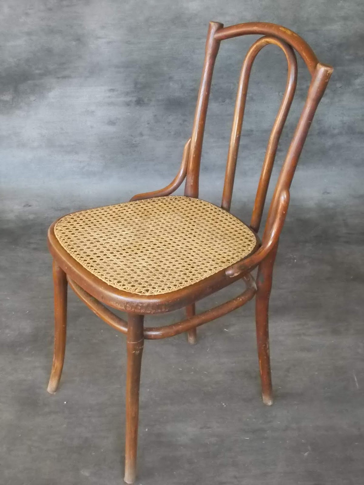 cannage rempaillage chaise tarif prix 2013. Black Bedroom Furniture Sets. Home Design Ideas