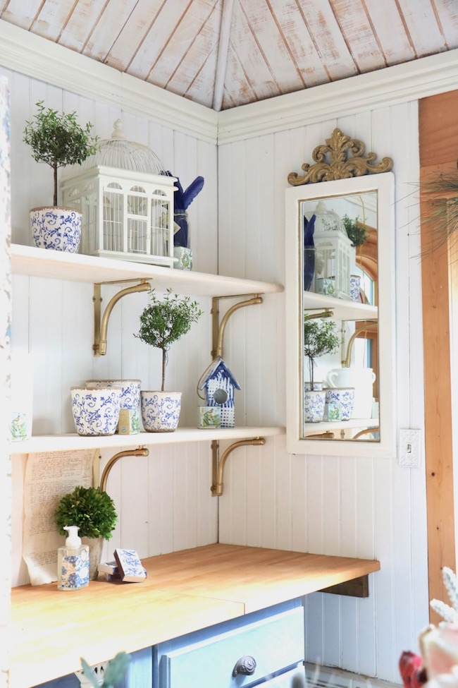 Garden shed shelves made from inexpensive materials