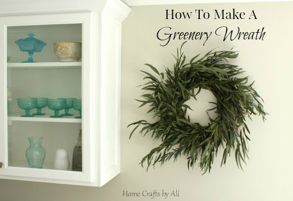 Make your own greenery wreath in 15 minutes