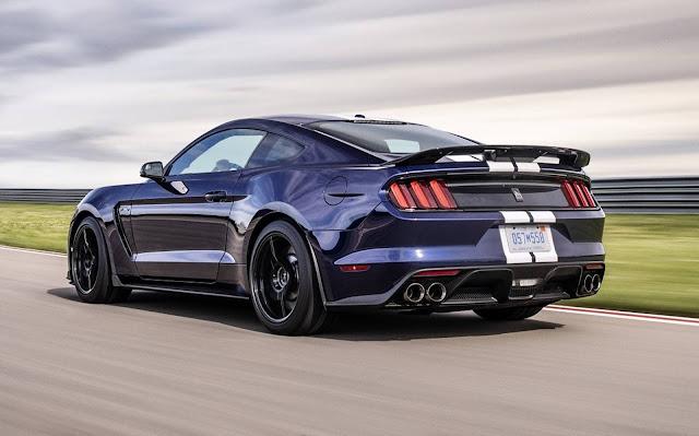 Ford registra 10 milhões de Mustang produzidos