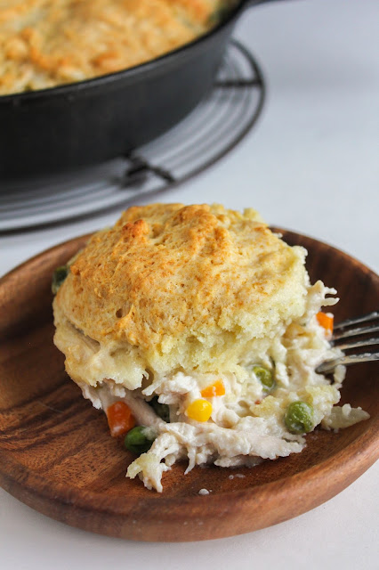 Chicken & Buttermilk Biscuits | The Chef Next Door