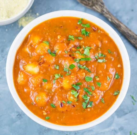 Tomato Basil Gnocchi Soup