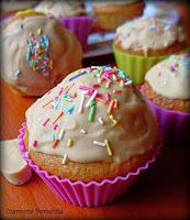 http://czerrrwonaporzeczka.blogspot.com/2014/09/muffiny-kokosowo-karmelove.html