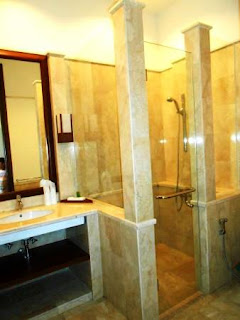 Toilet-jimers, hotel-puncak-mewah, puncak-outbound