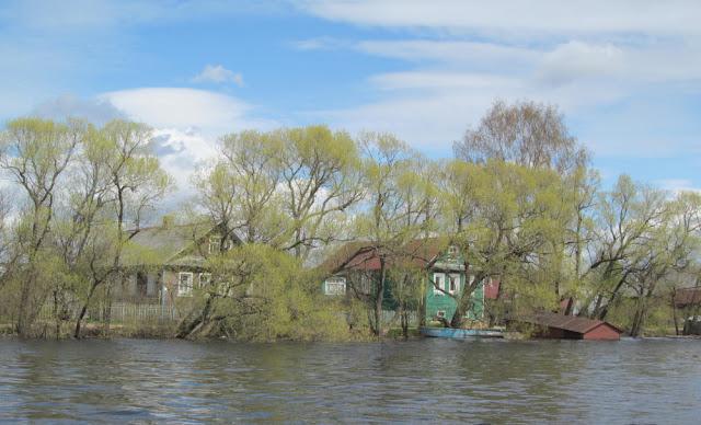 В Лахмокурье весной