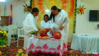 परमपिता परमात्मा शिव बाबा का संदेश देने के लिए जुलूस के रूप में शोभायात्रा निकाली गई
