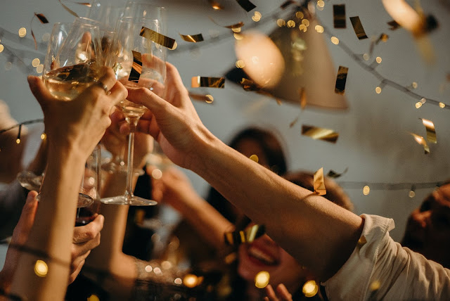 How To Organize New Year Party