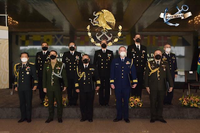 """MARINA entrega """"Condecoración a la Distinción Naval"""""""