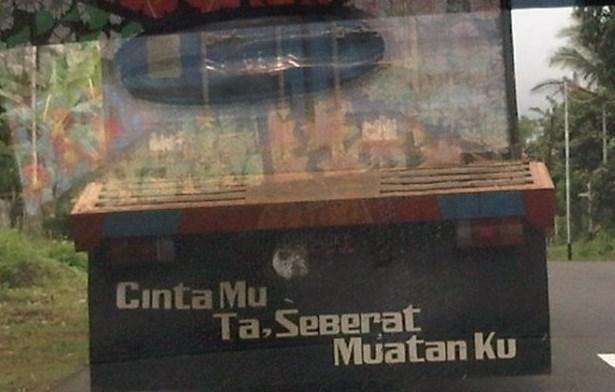 tulisan di belakang bak truk ala sopir pantura