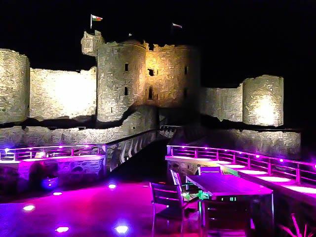 Caffi Castell Tapas Restaurant: Harlech Castle