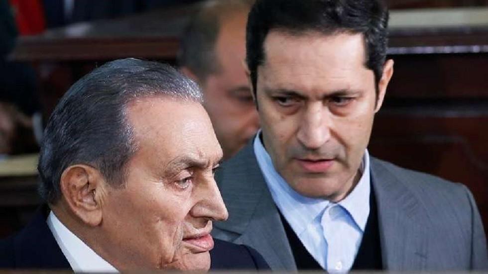 """""""يبلها ويشرب مايتها"""".. تعليق علاء مبارك على وثائق تثبت امتلاك والده 8 ملايين يورو بفرنسا"""