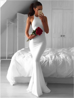 http://uk.millybridal.org/product/hot-trumpet-mermaid-halter-chiffon-ruffles-sweep-train-white-backless-wedding-dresses-ukm00022814-20014.html?utm_source=minipost&utm_medium=2368&utm_campaign=blog
