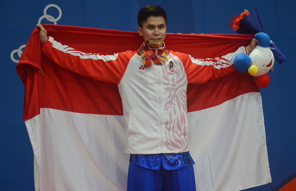 Indonesian athlete receives news of dad's death after winning gold at SEA Games