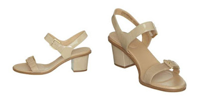 sandalias de piel en color beige
