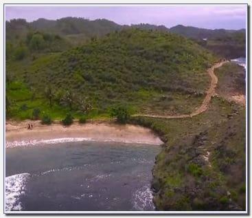 Pantai Kasap Pacitan.