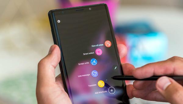 تسريبات تكشف عن نقطة قوة هاتف Note 10 Pro