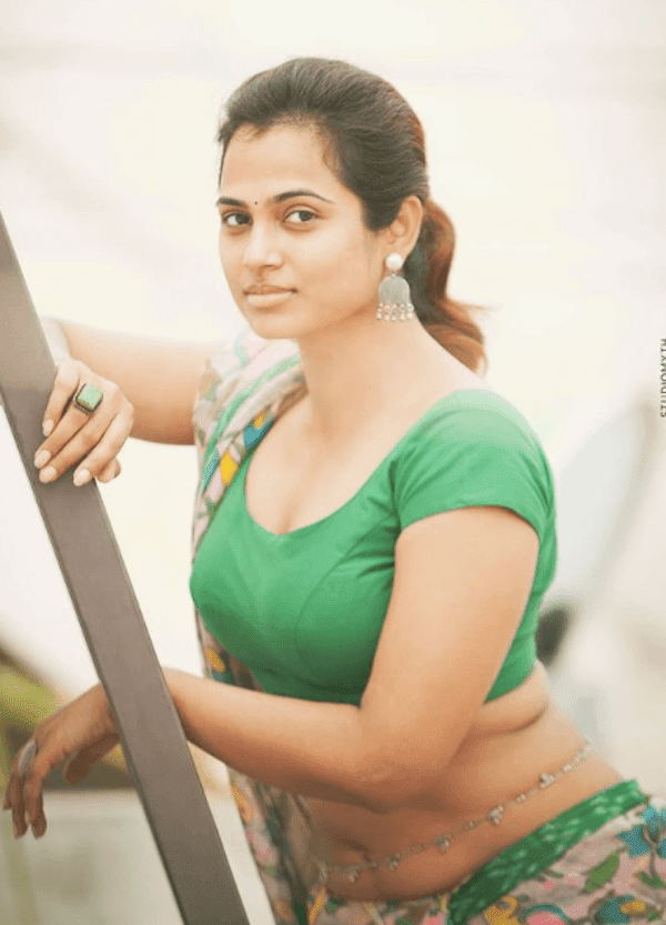 Bigg Boss 4 Tamil Ramya Pandan Hot Photos.