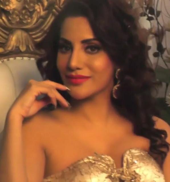Bollywood Actress Preeti Soni Behind the Scenes Photoshoot