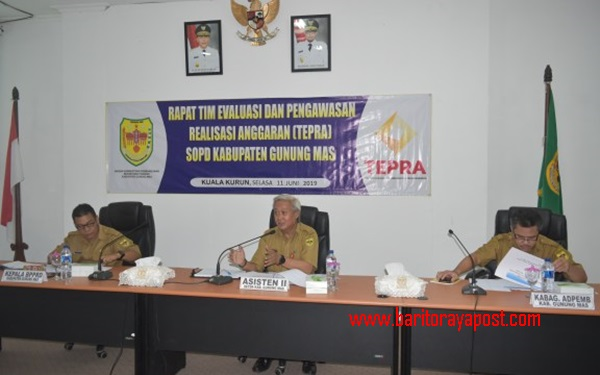 Pemkab Gumas Gelar Rapat Tim Evaluasi dan Pengawasan Realisasi Anggaran SOPD