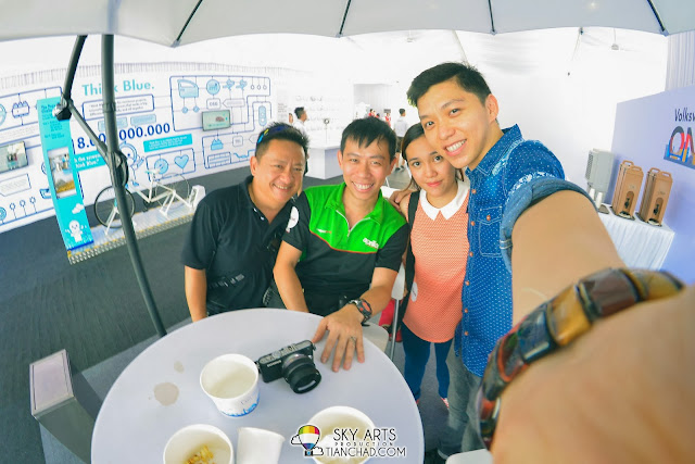 Met another good friend who work at Volkswagen car exhibition. Introducing Ivan Khong!