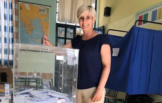 Όργωσε τα εκλογικά τμήματα σήμερα η Σόνια Τάνταρου Κρίγγου