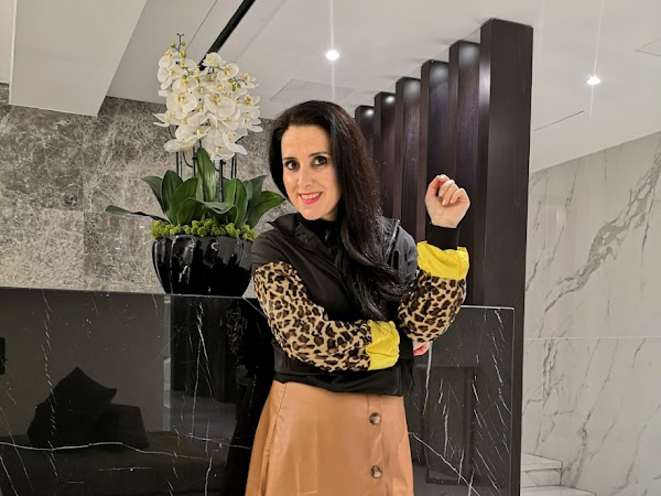 2 ways to style a brown faux leather skirt