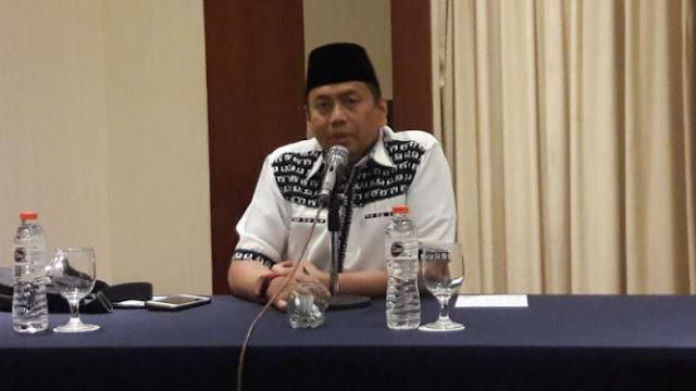 Hina KH Ma'ruf Amin dan TGB, Kapitra: Yahya Waloni Ulama atau Preman?