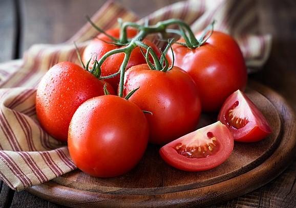 Άγουρες ντομάτες