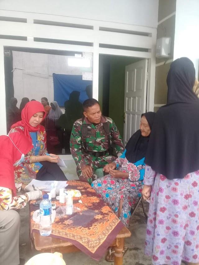 Masyarakat Lansia di Desa Tempeh Tengah Diharapkan Aktif Ikuti Posbindu